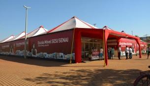 A unidade da escola móvel do SESI-SENAI