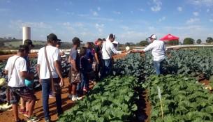 Alunos-do-programa-Jovem-Agricultor-do-Futuro-participam-de-Dia-de-Campo-7