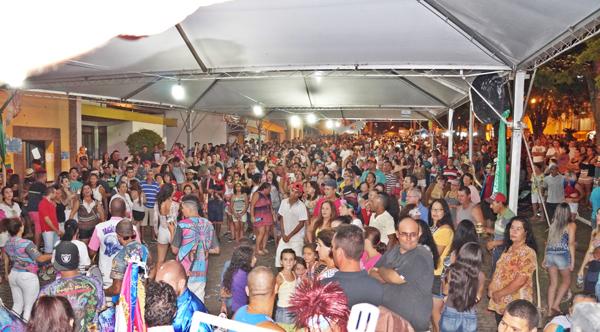 site-moradores-e-turc3adstas-curtem-o-carnaval-2017-em-joanc3b3polis