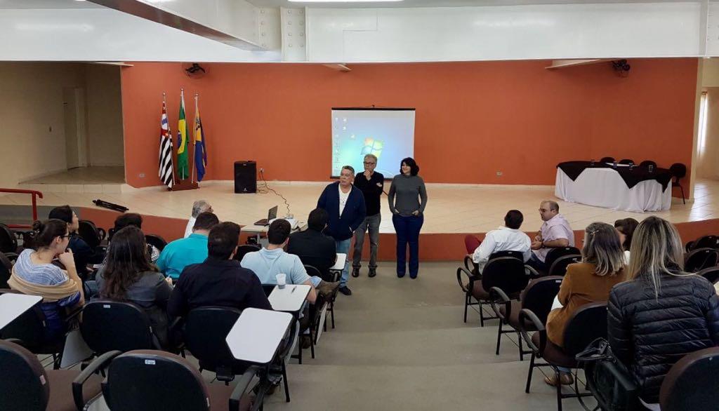 Foto_3_11-08-17_Curso_Capacitação_Hematologia_Médicos_Polo_Universidade_Aberta.