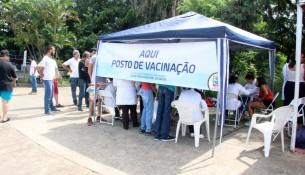 VACINAÇÃO FEBRE AMARELA NA FEIRA DE QUARTA FEIRA  (2)