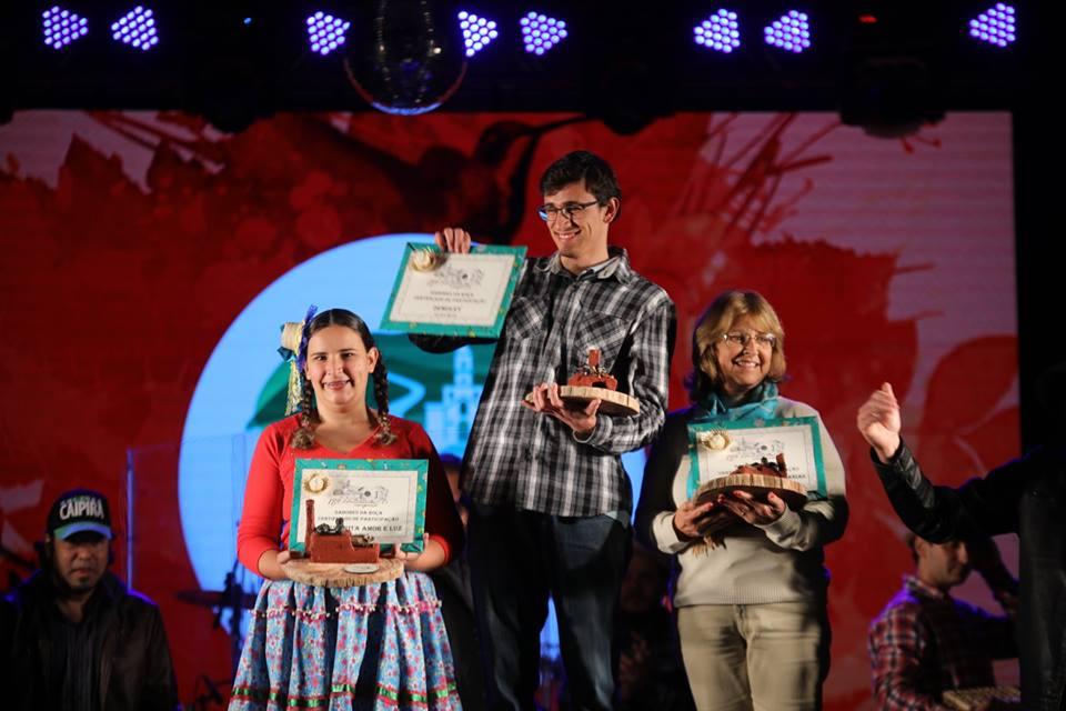 Representantes das entidades vencedoras