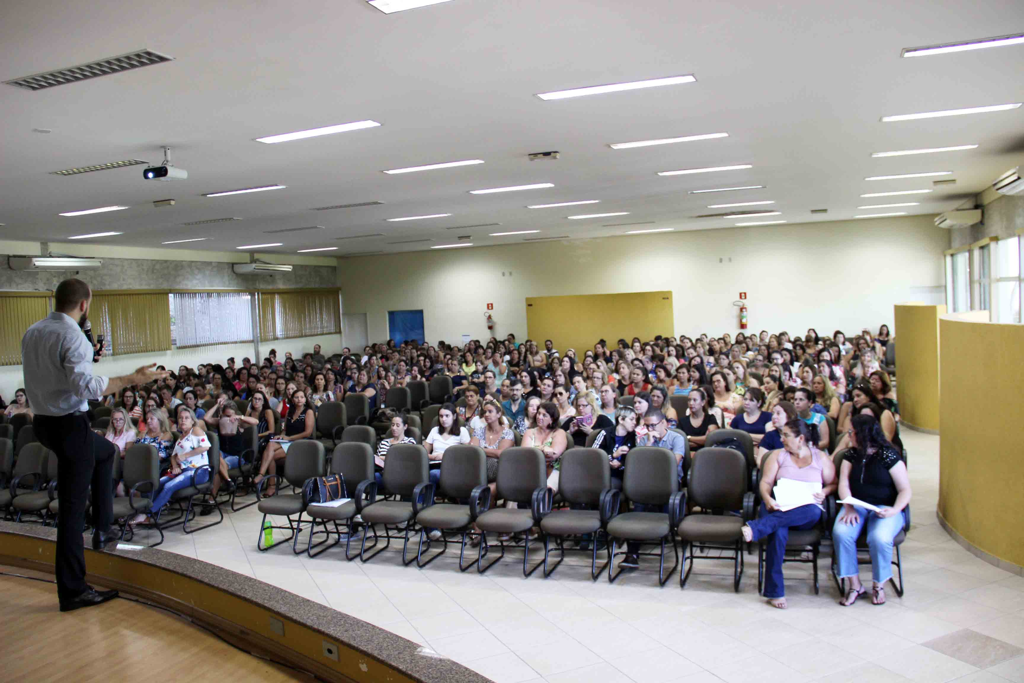 29.01.2019 Palestra Para Educadores com foco Jurídico e Comportamental Napa