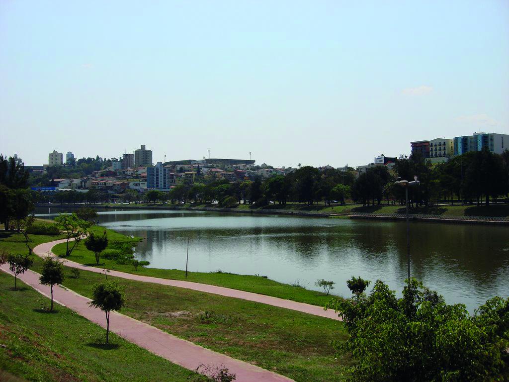 lago taboão