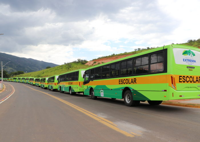 novos-ônibus-2-1-700x500