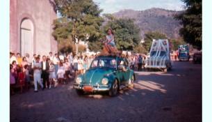 Festa realizada em Extrema em 1969 - Arquivo Bira Brito