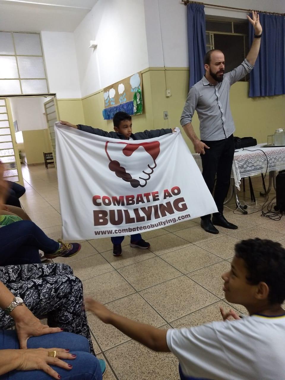 Combate ao Bullying nas Escolas