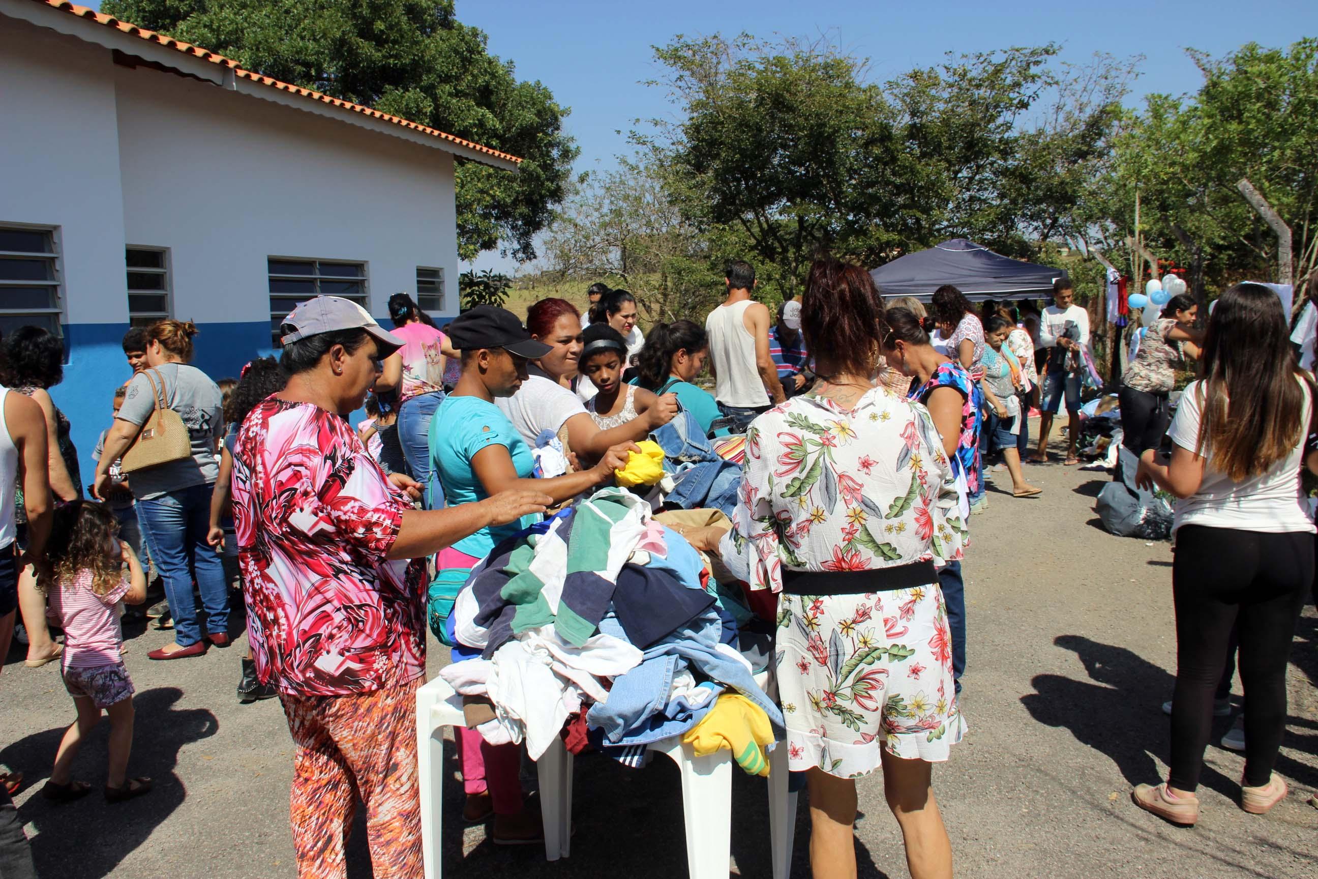 31.08.2019 Entrega das roupas Campanha do Agasalho (2)