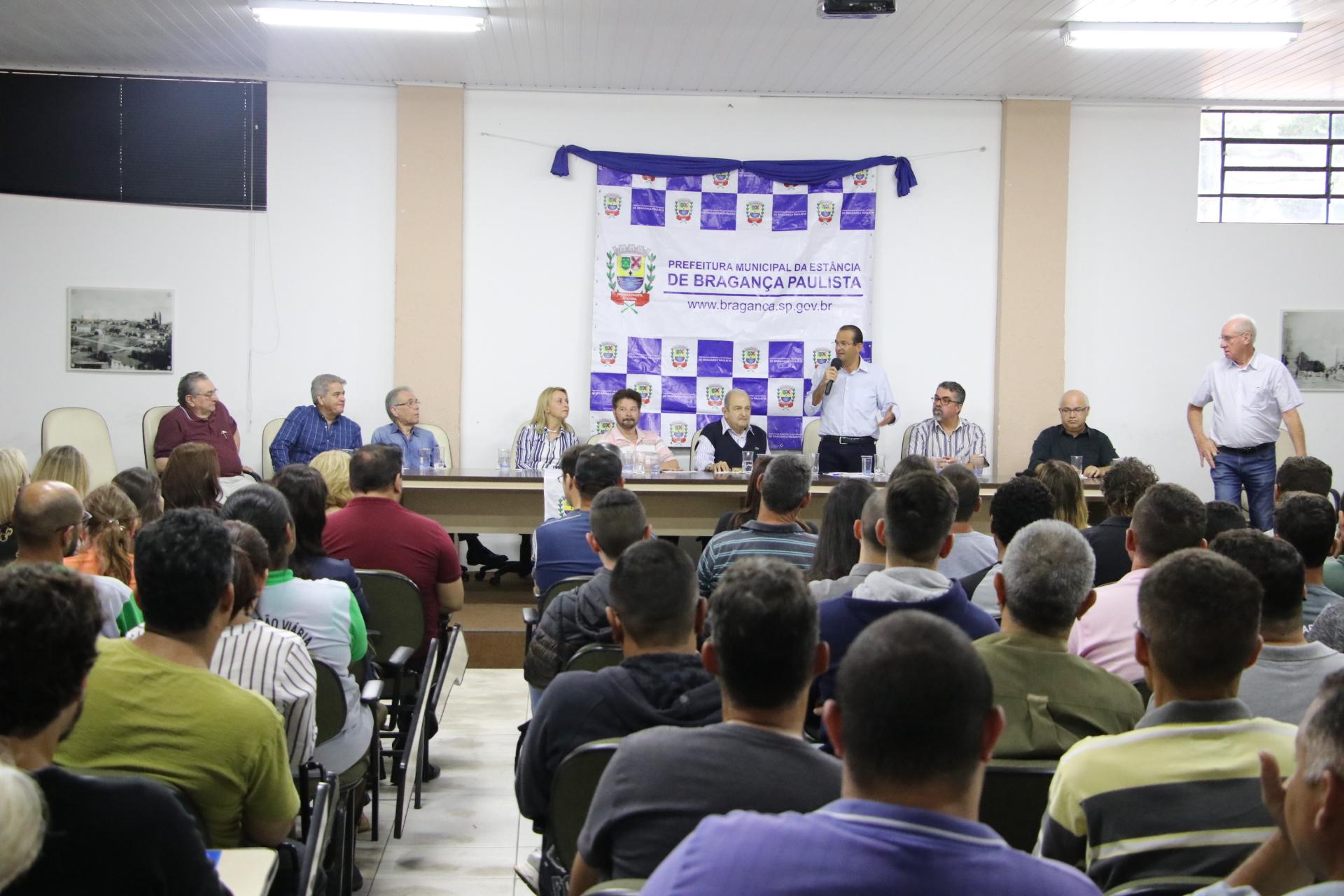 08.11.2019 Posse novos funcionarios publico (5)