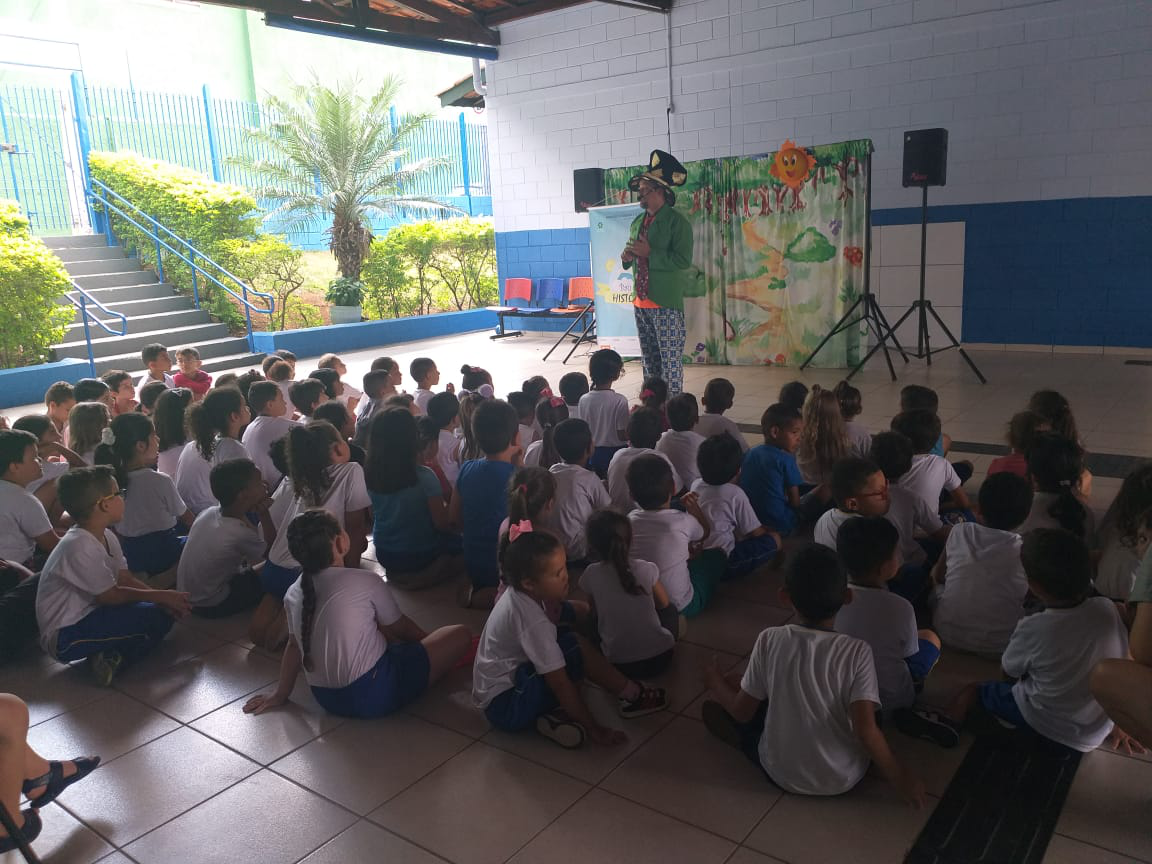 "Escola Municipal Zitta de Mello recebe o projeto ""Baú de História"" (1)"