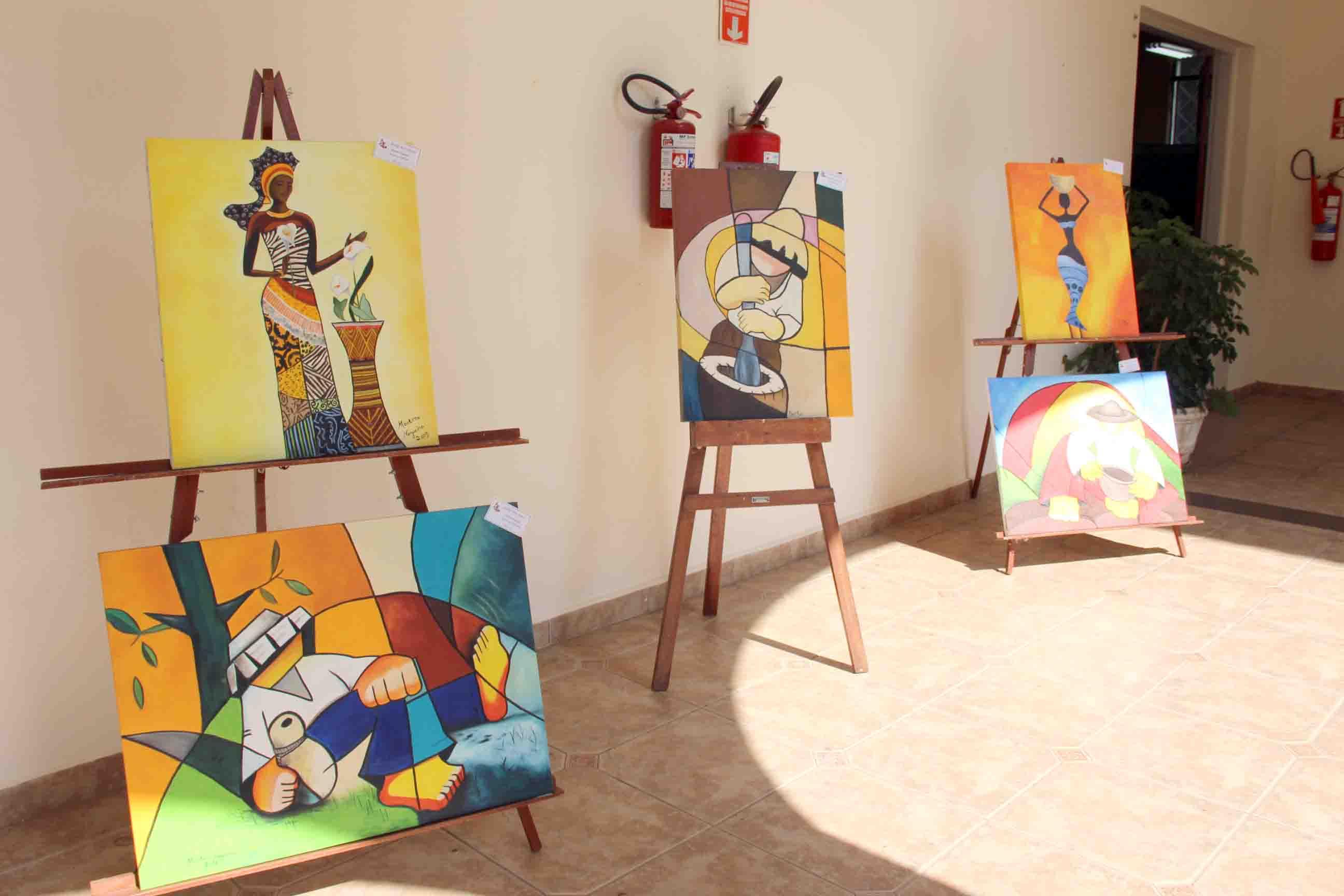 20.01.2020 Exposição de arte prefeitura (3)