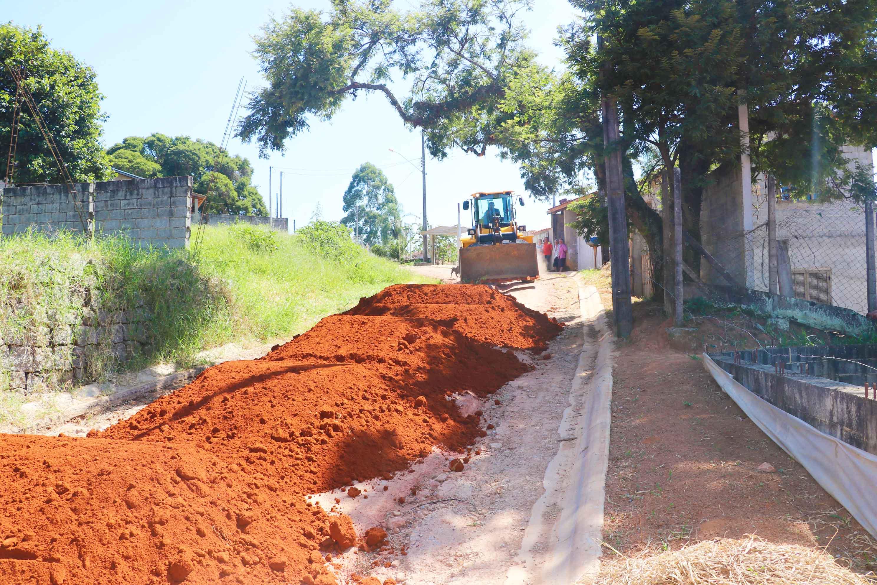 12.03.2020 Manutenção estrada rural nos Santos Menim