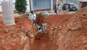 Demaisruas do Jardim Lago do Moinho começam a receber serviço de pavimentação asfáltica (2)