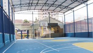 Quadra poliesportiva da E.M Dr.Jorge Tibiriçá recebe cobertura