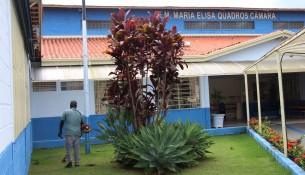 19.01.2021 Limpeza e corte de mato na Escola Municipal Maria Elisa Quadros Camara1