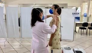 12.04.2021 Vacinação contra o Covid-19 para profissionais da educação (4)