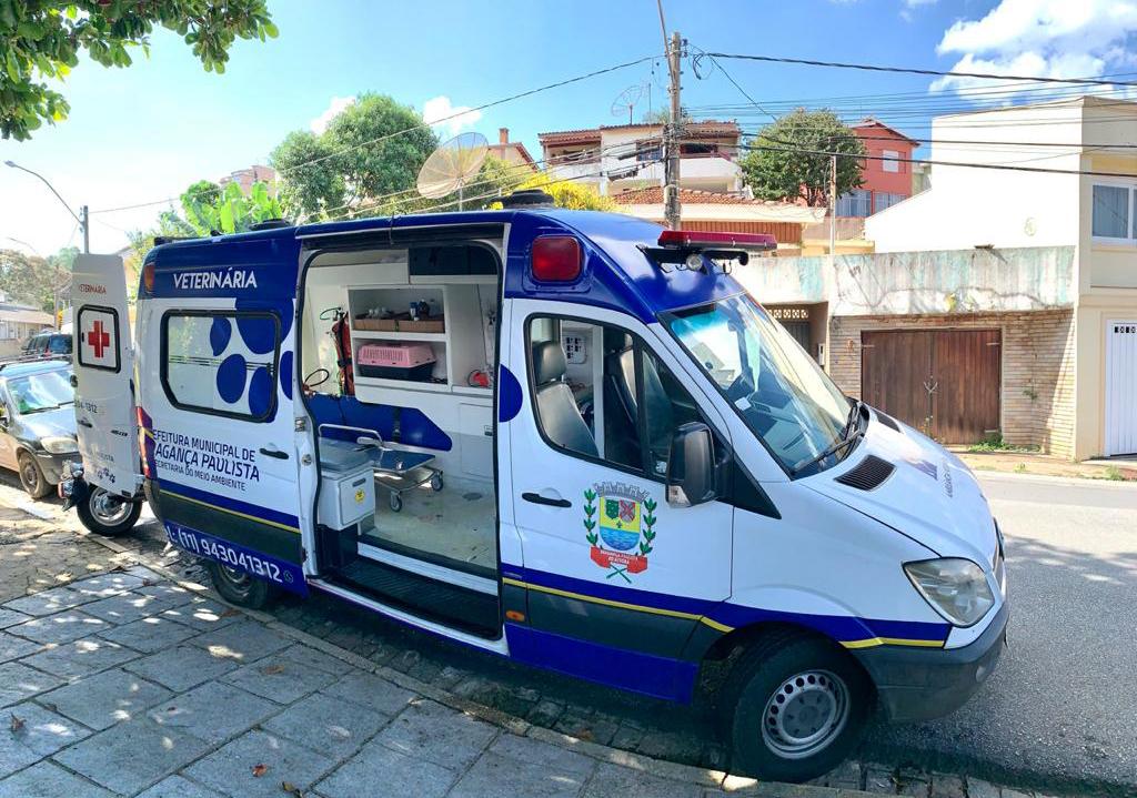 30.03.2021 Prefeitura adquire nova ambulânciapara o SAMUVET (1)